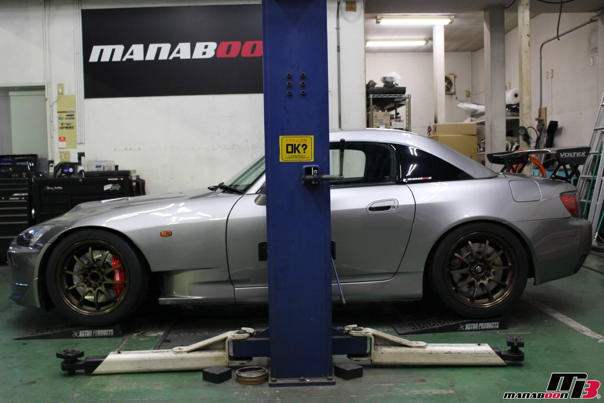 S2000 アクレブレーキキャリパー画像