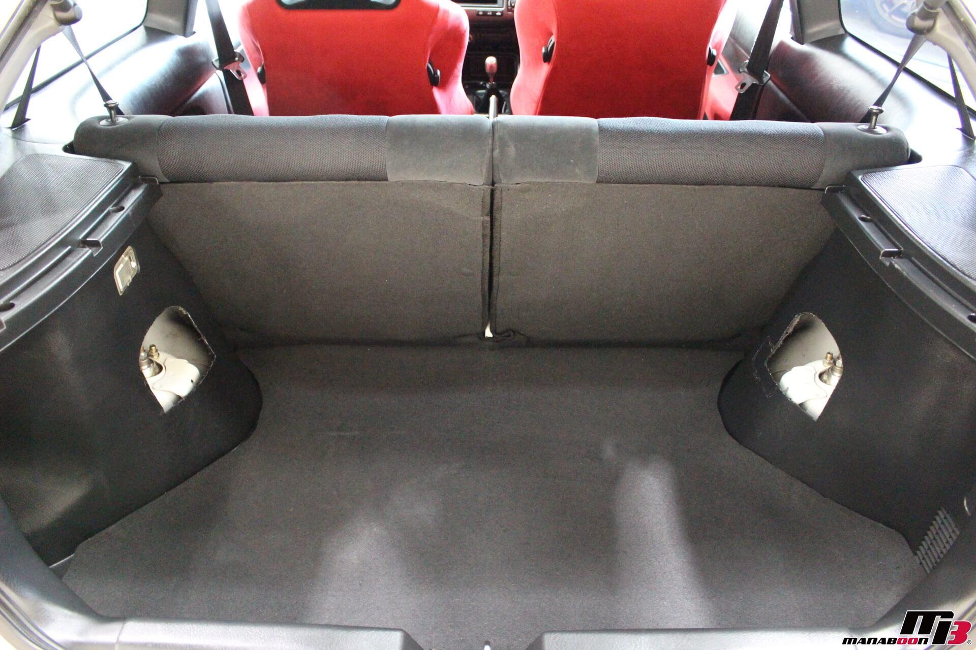 シビックタイプR(EK9)トランク画像