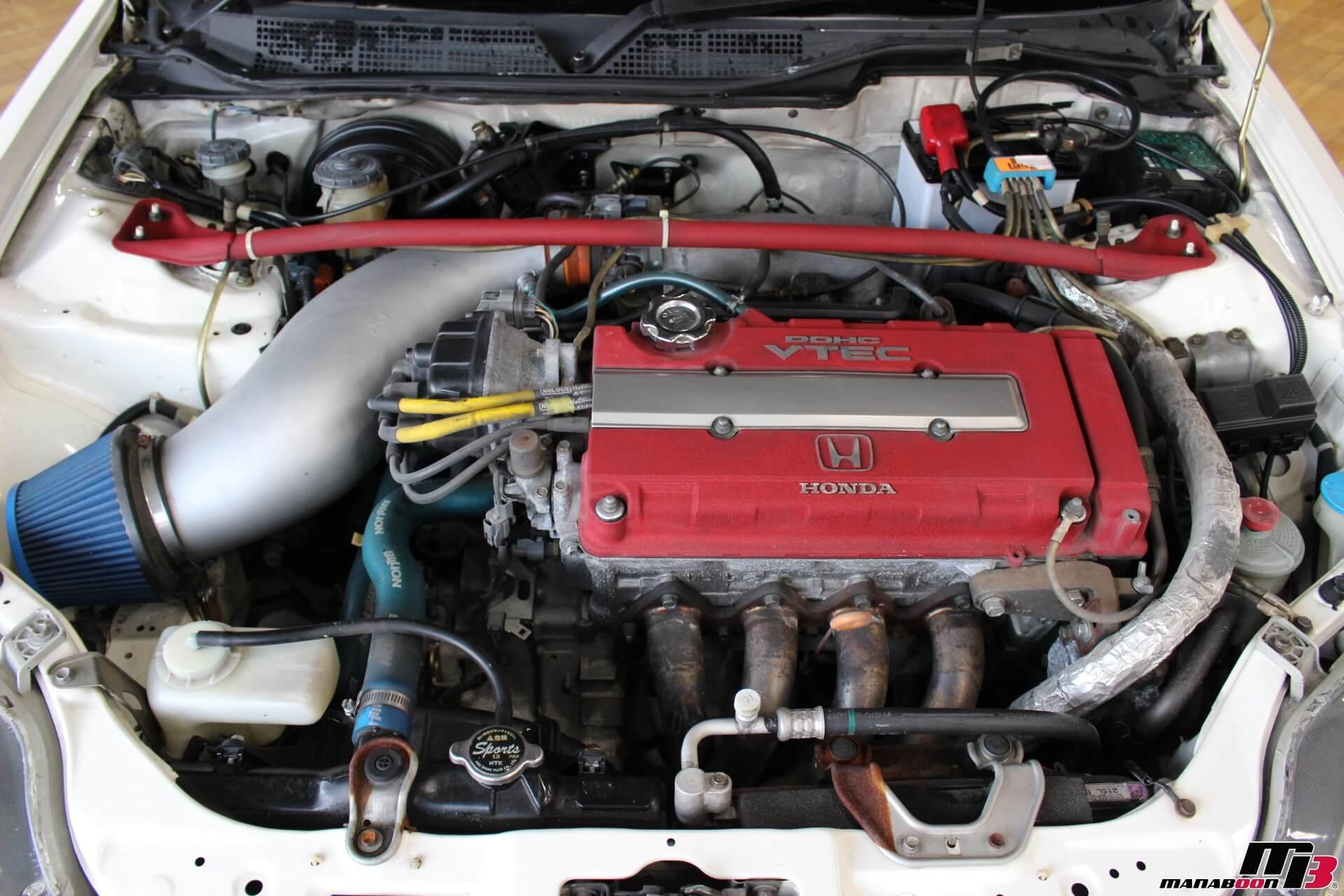 シビックタイプR(EK9)エンジンルーム画像