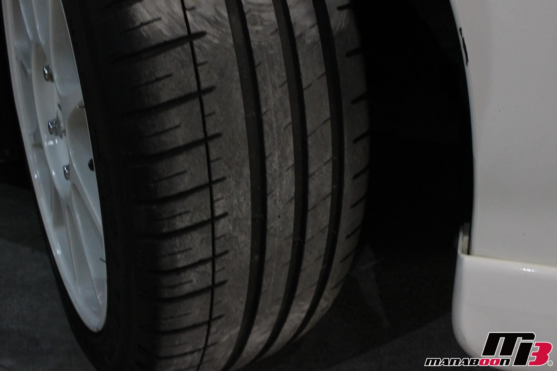 インテグラタイプR(DC2)タイヤ画像