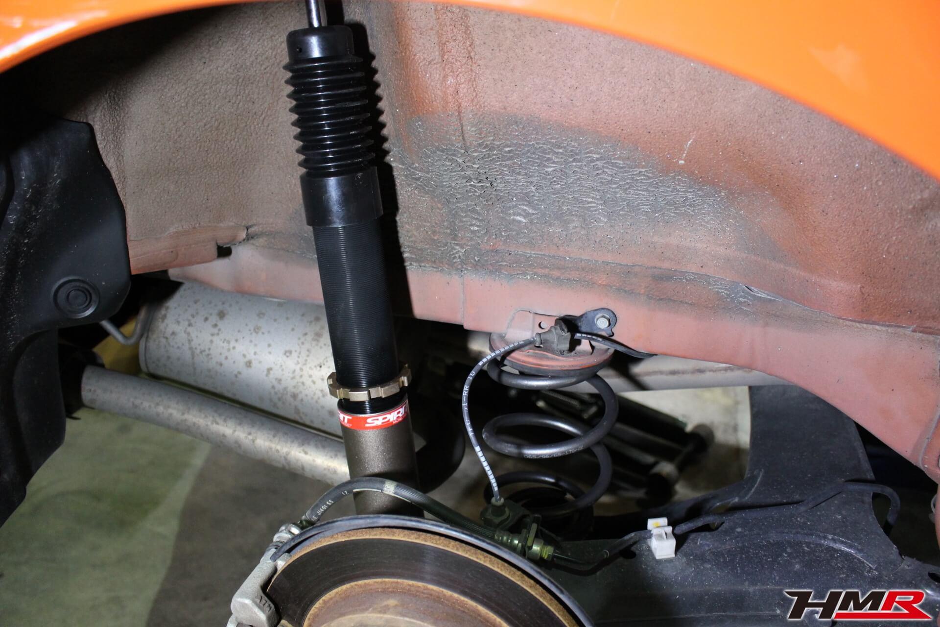 フィットRS(GE8)後期型 車高調交換画像