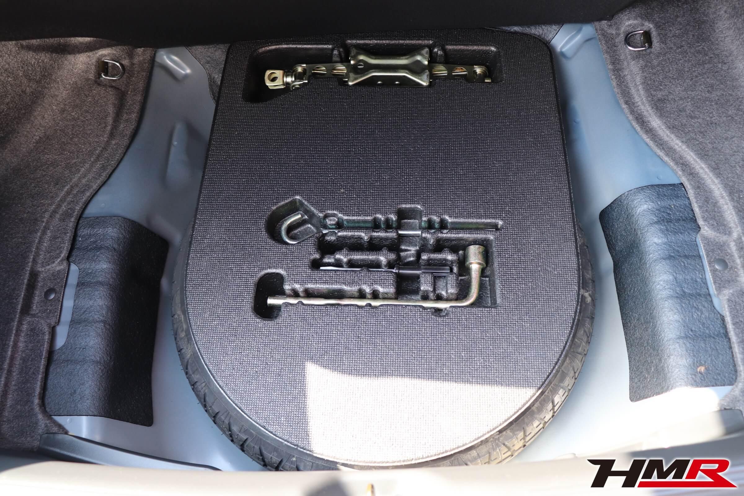 アコードユーロR(CL7)車載工具